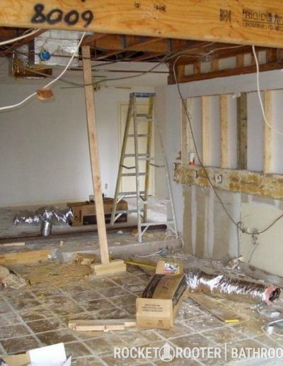 Building_bathroom_in_basement_with_softener_system_installation_Winnnipeg_rocketrooter_bathroomexperts_01