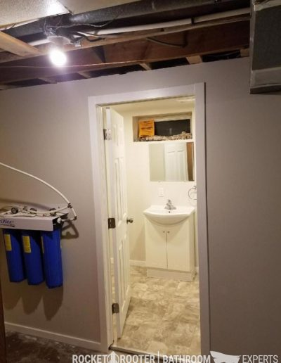 Building_bathroom_in_basement_with_softener_system_installation_Winnnipeg_rocketrooter_bathroomexperts_02