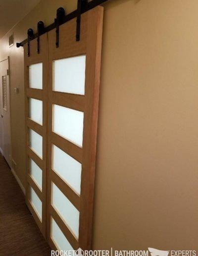 Building_bathroom_in_basement_with_softener_system_installation_Winnnipeg_rocketrooter_bathroomexperts_04